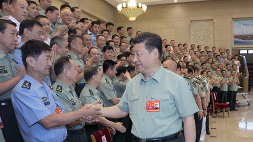 Chủ tịch Trung Quốc Tập Cận Bình gặp gỡ quan chức quân đội cấp cao hôm 19/8. Ảnh: Xinhua.