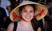 Cô dâu Mỹ yêu tiếng Việt, thích nấu phở bò
