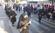 Trường mẫu giáo Indonesia cho trẻ mặc trang phục IS diễu hành mừng quốc khánh
