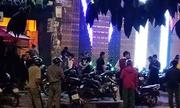 Nhóm giang hồ bao vây quán bar ven Sài Gòn, chém nhiều người
