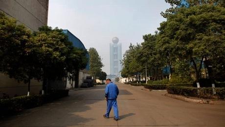 Thôn giàu nhất Trung Quốc ngập trong nợ nần - 1