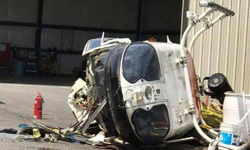 Phần thân trực thăng Bell TH-67 hư hỏng nặng sau tai nạn. Ảnh: Facebook.