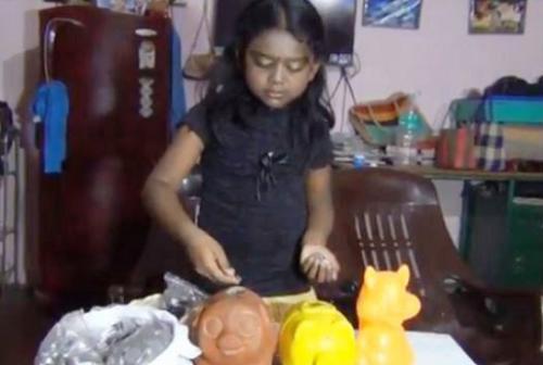 Anupriya quyết định rút tiền để làm việc ý nghĩa hơn mục đích ban đầu. Ảnh: India Today