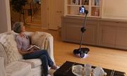 Tiến sĩ Việt chế tạo robot giúp người xa gia đình bớt cô đơn