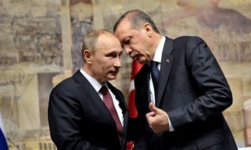 Tổng thống Nga Vladimir Putin (trái) và Tổng thống Thổ Nhĩ Kỳ Tayyip Erdogan. Ảnh: Sputnik.