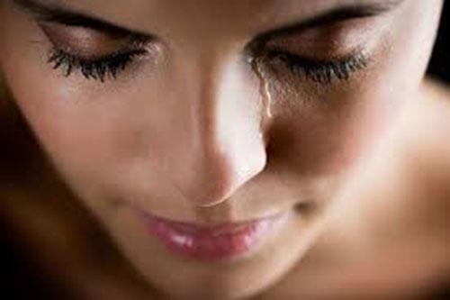 Tại sao trong mơ khóc nhiều, nhưng nước mắt không chảy?