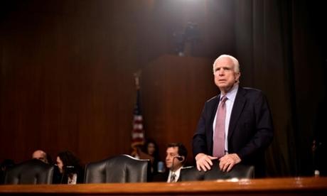 Thượng nghị sĩ John McCain tại một cuộc họp của Ủy ban Đặc biệt về Tình báo của Thượng viện Mỹ tháng 2/2017. Ảnh: Reuters.
