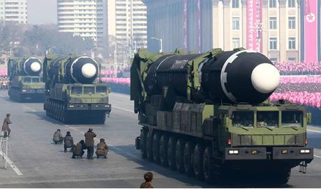 Các tên lửa đạn đạo Hwasong-15 của Triều Tiên được công bố hồi tháng hai. Ảnh: AFP.