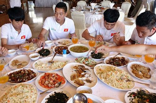 Dinh dưỡng luôn được chú trọng để đảm bảo thể lực của các cầu thủ U23 Việt Nam.