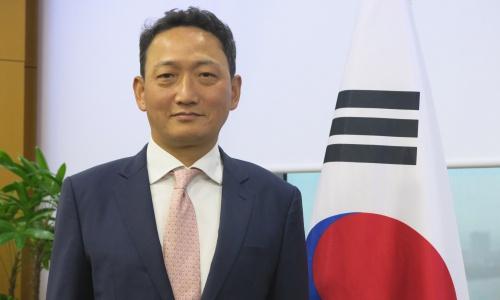 Đại sứ Hàn Quốc tại Việt Nam Kim Do-hyun. Ảnh: VA.