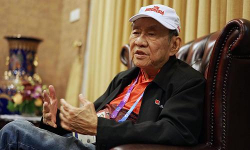 Tỷ phú Michael Bambang Hartono trả lời phỏng vấn ở Jakarta hôm 21/8. Ảnh: Blomberg.