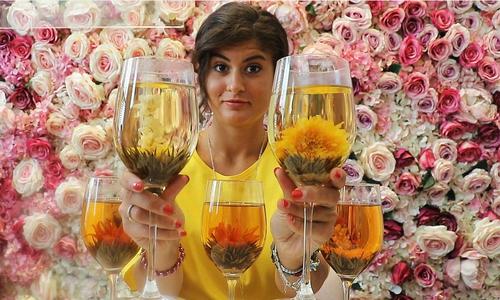 Loại trà nở như bông hoa trong ly