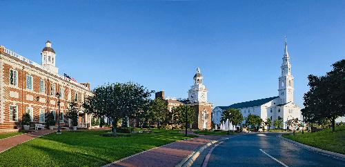 Triển lãm đại học Mỹ AMVNX mùa Thu 2018 - 1