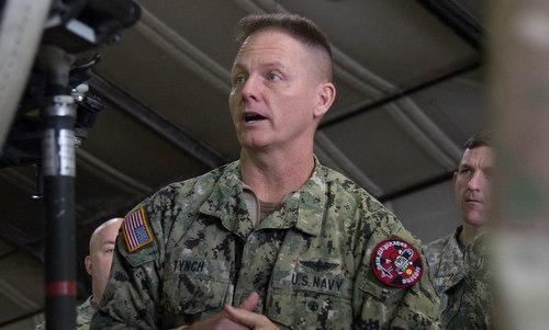 Chuẩn đô đốc Tynch trong hoạt động huấn luyện cuối năm 2017. Ảnh: US Navy.