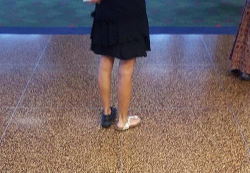 Giày phong cách hắc bạch lưỡng đạo.