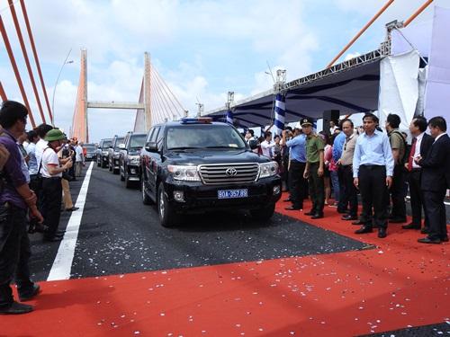 Lễ thông xe cao tốc Hạ Long-Hải Phòng. Ảnh: Minh Cương