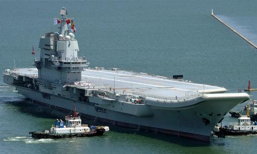 Tàu sân bay Type-001A tại cảng Đại Liên hồi giữa năm nay.. Ảnh: SCMP.