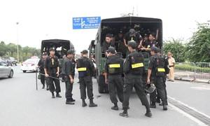 An ninh thắt chặt tại sân bay đón Olympic Việt Nam về nước