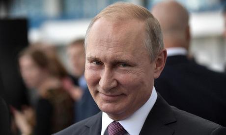 Tổng thống Putin trong chuyến công tác tại Kaliningrad hồi tháng 7. Ảnh: Sputnik.