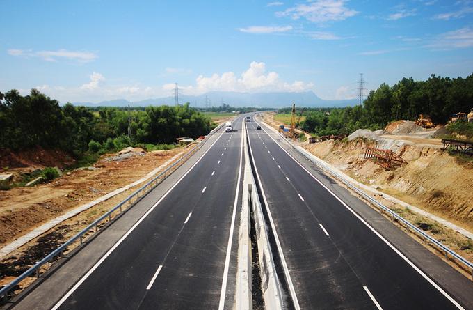 Cao tốc đầu tiên ở miền Trung thông xe