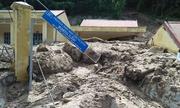 Nhiều trường học Thanh Hóa bị chôn dưới bùn