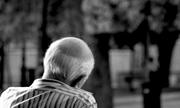 Tôi nên quản trá» tuá»i già bằng cách vào viá»n dưỡng lão hay á» nhà riêng?