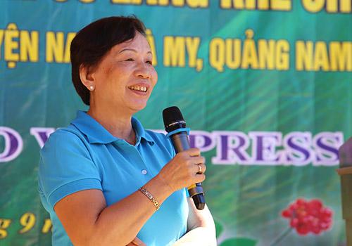 Bà Trương Thị Thanh Thanh phát biểu tại buổi lễ. Ảnh: Đắc Thành.