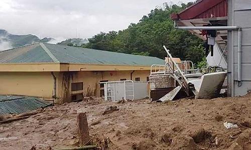 Trường THCS Tam Chung (huyện Mường Lát) bị cơn lũ quét hôm 30/8 phá huỷ. Ảnh: Lam Sơn.