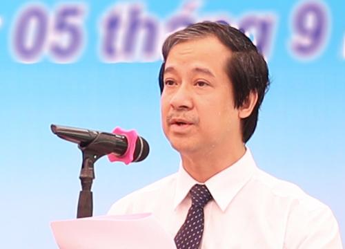 PGS Nguyễn Kim Sơn phát biểu tại lễ khai giảng. Ảnh: VNU