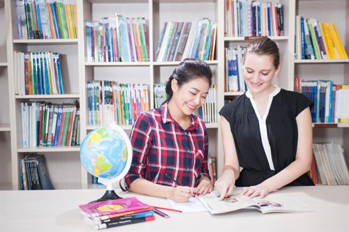 Nắm rõ cấu trúc đề thi, cải thiện kỹ năng phát âm, mở rộng vốn từ vựng... giúp bạn đạt điểm cao trong kỳ thi IELTS.
