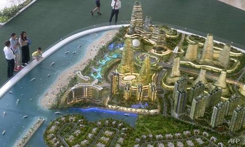 Mô hình khu đô thị Forest City. Ảnh: AFP.