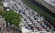 Nhiều tuyến đường ở thủ đô hạn chế taxi, ôtô cá nhân trong 5 ngày