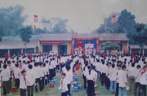 Khung cảnh trường THCS Tiến Xuân trước ngày về Hà Nội. Ảnh tư liệu.