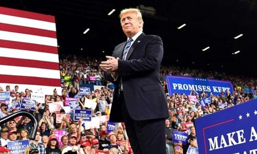 Tổng thống Mỹ Donald Trump tại buổi mit tinh ở thành phố Billings, bang Montana, ngày 6/9. Ảnh: AP.