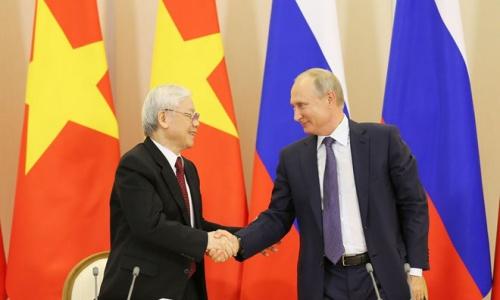 Tổng bí thư Nguyễn Phú Trọng, trái, và Tổng thống Nga Putin. Ảnh: TTXVN.
