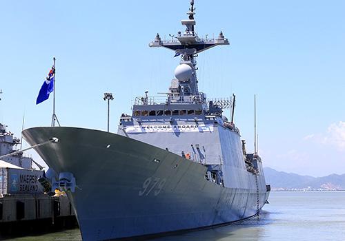 Tàu Roks Kang Gam Chan của Hải quân Hàn Quốc trong chuyến thăm Đà Nẵng hồi tháng 9 năm ngoái. Ảnh: Nguyễn Đông.