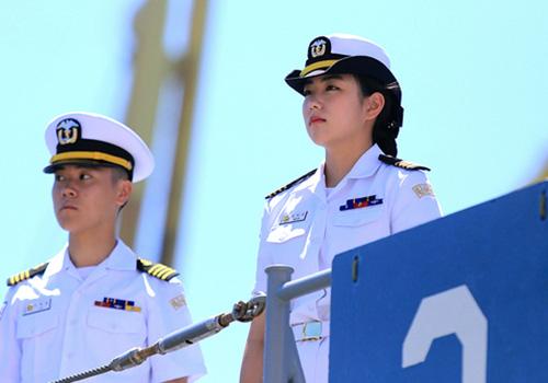 Thuỷ thủ trên tàu Hải quân Hàn Quốc thăm Đà Nẵng tháng 9/2017. Ảnh: Nguyễn Đông.
