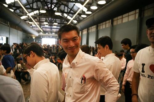 Lãnh đạo Đảng Hướng tới tương lai Thái Lan Thanathorn Juangroongruangkit. Ảnh: Reuters.
