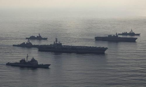 Biên đội tàu chiến Mỹ và Nhật trên Biển Đông hồi đầu tháng 9. Ảnh: US Navy.