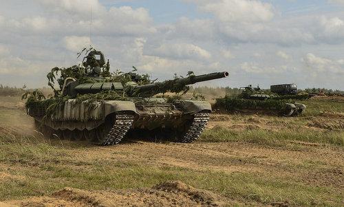 Xe tăng T-72B3 Nga tham gia tập trận Zapad-2017. Ảnh: TASS.