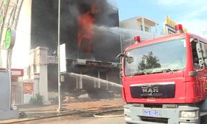 Hỏa hoạn thiêu rụi vũ trường tại Đà Nẵng
