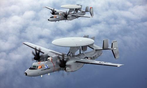 Hai máy bay cảnh báo sớm E-2D Advanced Hawkeye củahải quânMỹ. Ảnh: US Navy.