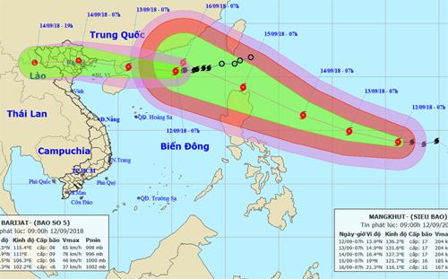 Hai cơn bão Barijat và Mangkhut nối đuôi nhau. Ảnh: NCHMF