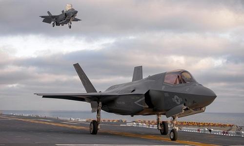 Tiêm kích F-35B hoạt động trên tàu USS Essex. Ảnh: Navy Recognition.