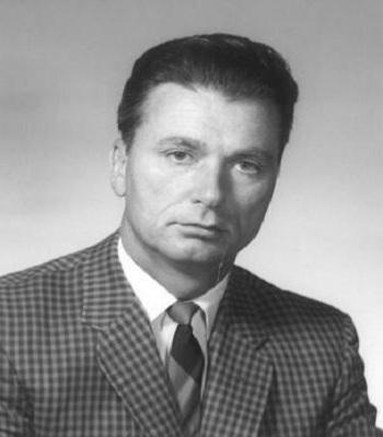 Tiến sĩ Laurence Pilgeram ký hợp đồng đông lạnh xác với Alcor trước khi qua đời. Ảnh: Long Room.