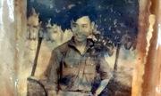 Bức chân dung chiến sĩ dưới hố chôn tập thể tại Đồng Nai