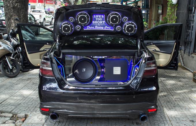 Toyota Camry độ dàn âm thanh hơn nửa tỷ đồng
