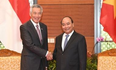 Thủ tướng đề nghị Singapore hỗ trợ Việt Nam nắm bắt Cách mạng Công nghiệp 4.0