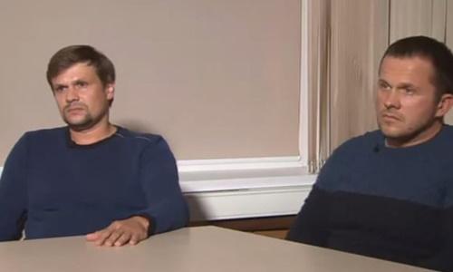 Alexander Petrov (trái) và Ruslan Boshirov xuất hiện trên truyền hình Nga ngày 13/9. Ảnh chụp màn hình.
