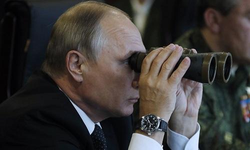 Putin thị sát binh sĩ Nga và Trung Quốc tập trận